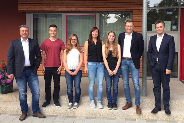 Vier neue Lehrlinge bei Projekt-HLS