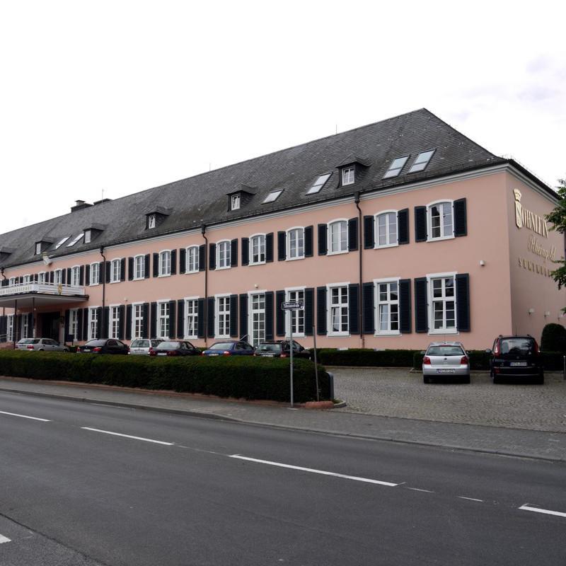 Rheingau-Palais Wiesbaden Außenansicht Fassade