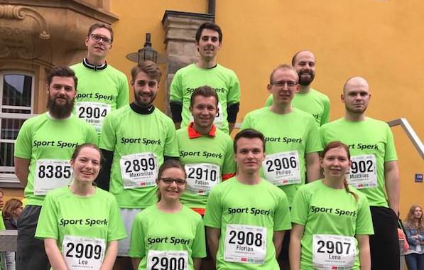 Gruppenfoto Läuferteam von Projekt-HLS beim NOFI-Lauf 2017