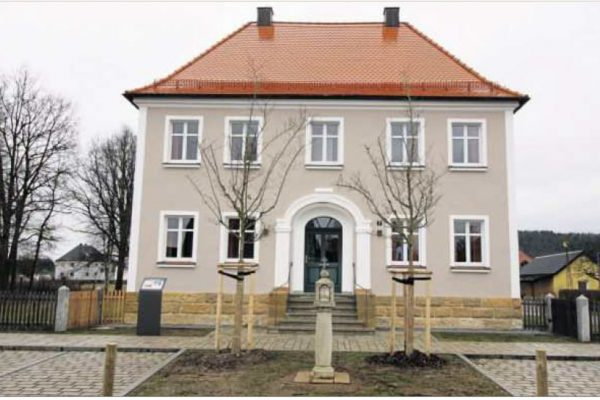 Das neu renovierte Bürgerhaus Schwarzenbach