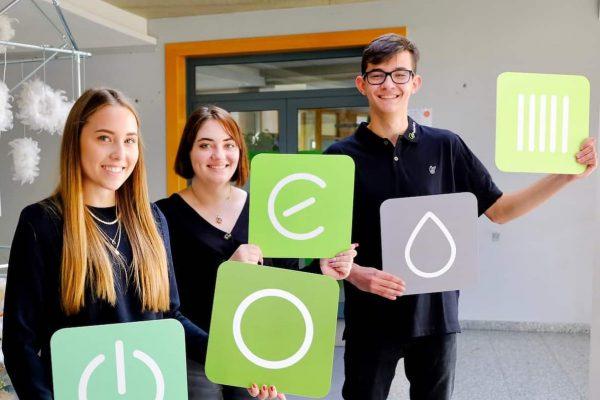 Gruppenbild neue Auszubildende 2020 bei Projekt-HLS