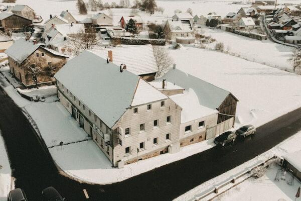 Luftbild Gasthaus Bauer Premenreuth vor der Revitalisierung